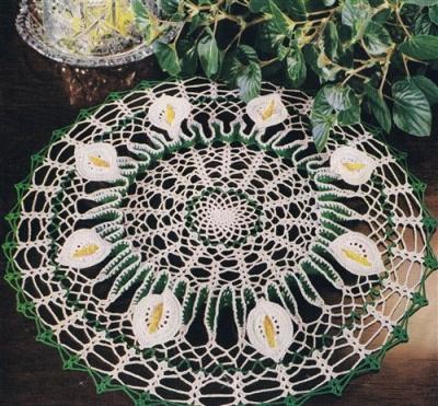 vintage 50s doily crochet free ruffle calla lily